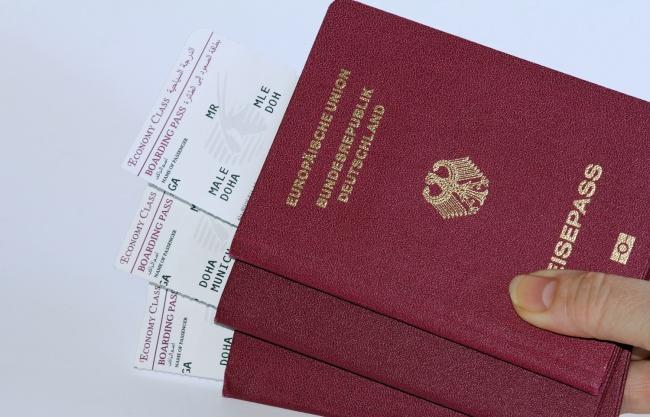 Qırmızı pasport